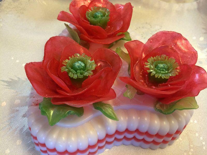"""Рецепт мыла из основы - """"торт с розами"""""""